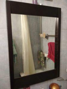 Как вымыть зеркало в ванной
