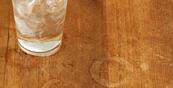 Как убрать пятна со стола